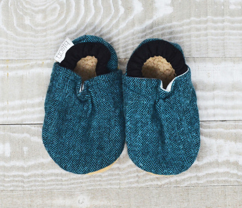 Finley Flannel Bison Booties 6-12 months
