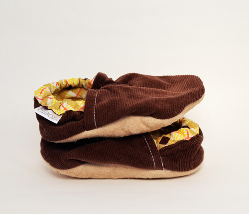 Chocolate Corduroy Bison Booties 18-24 months