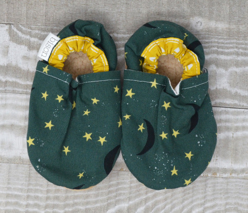Moonshadow Bison Booties 6-12 months