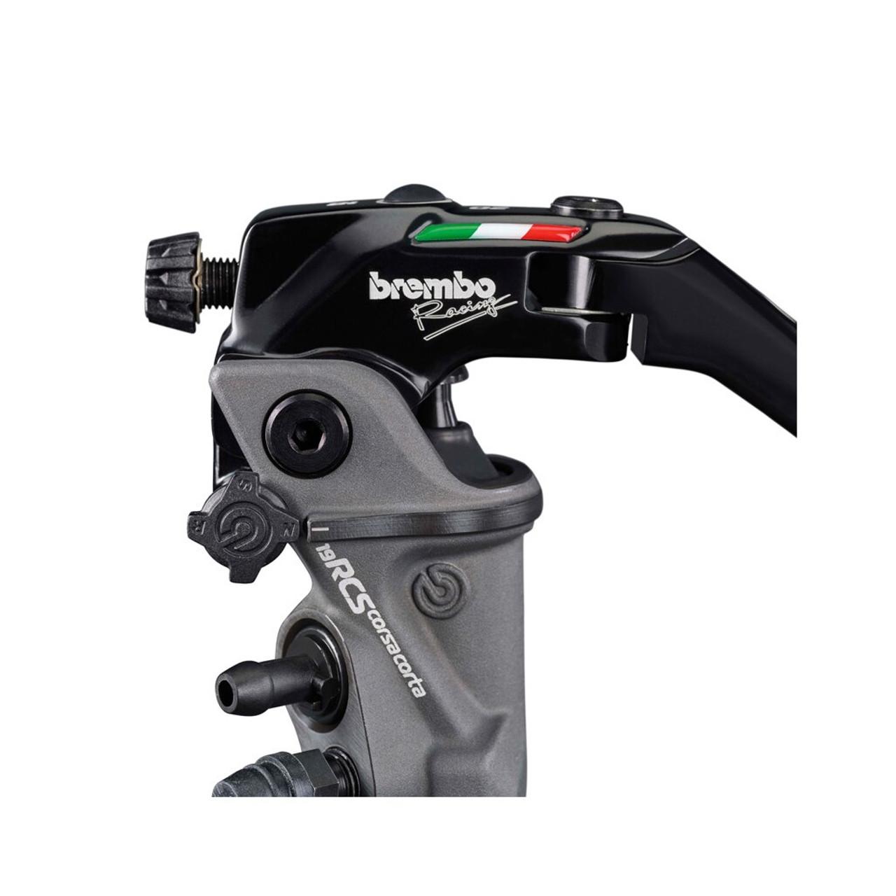 Brembo 17 RCS brake master cylinder top detail