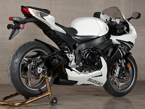 M4 GP Black Slip-on 2011-2019 GSXR600/750 SU6112-GP