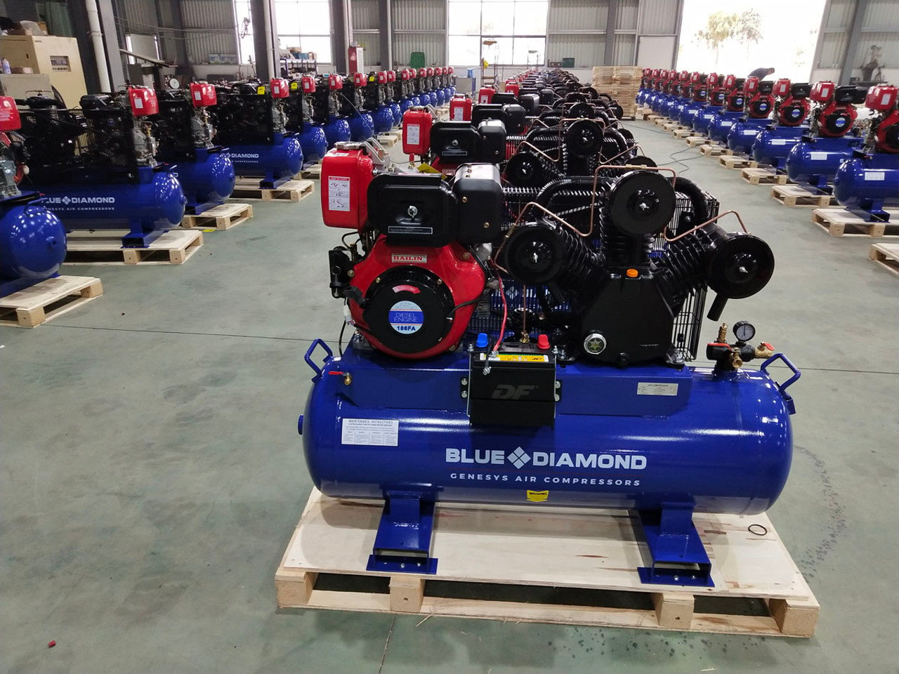 Piston Air Compressor- Diesel 11HP 42 CFM 160L 145 PSI