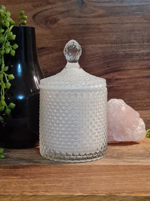 SOUL SISTER Crystal Botanical Infused Soy Candle