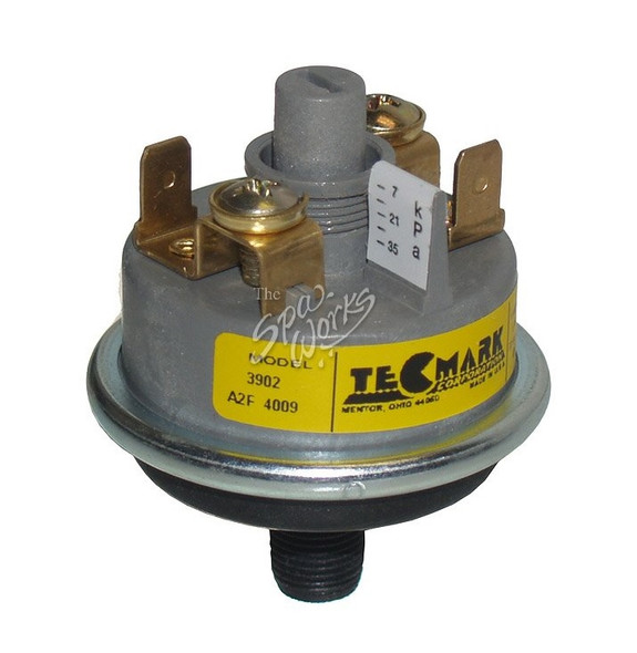 COLEMAN SPA PRESSURE SWITCH - TEC3902