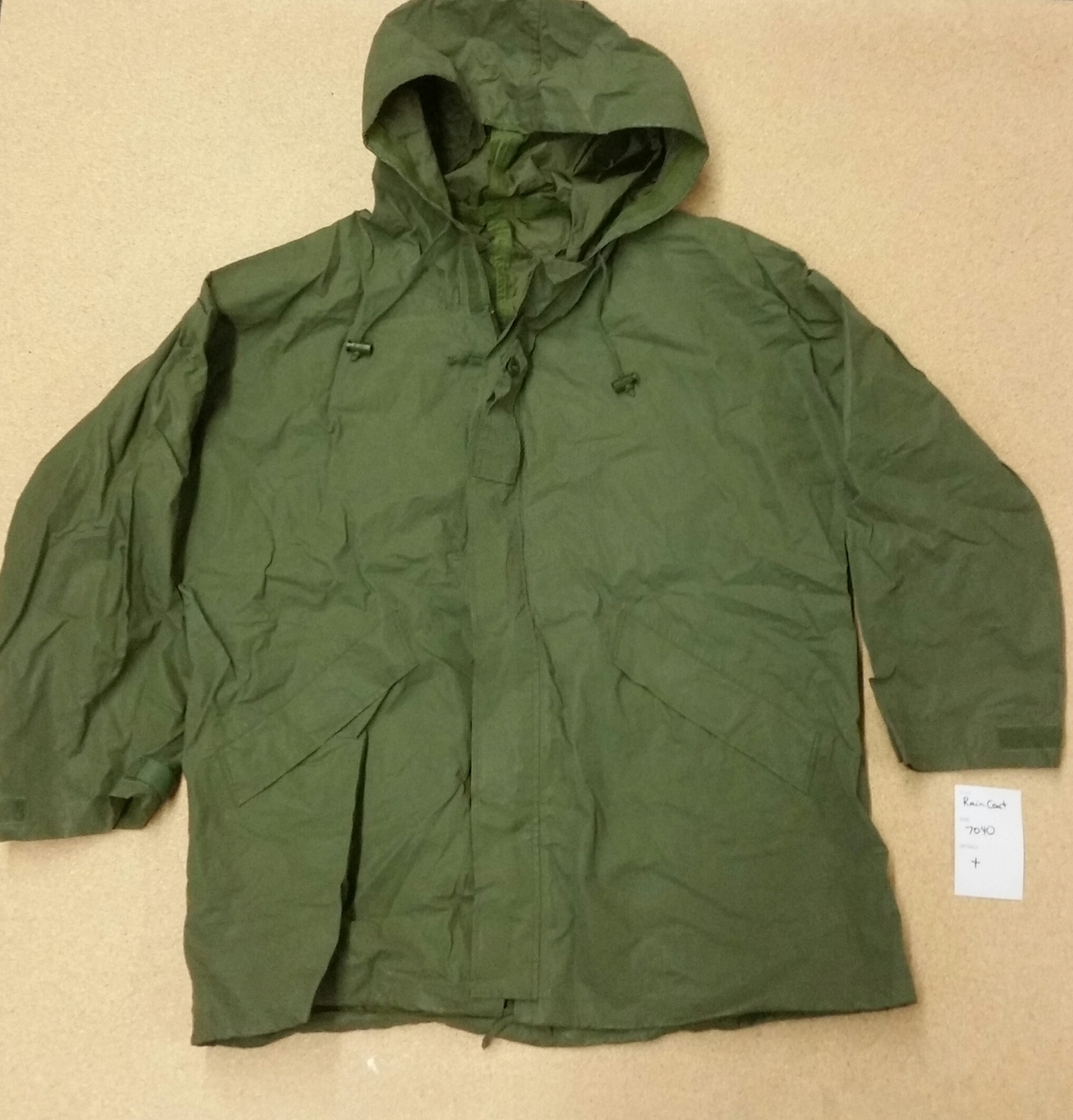 New Unissued Canadian Forces Rain Coat