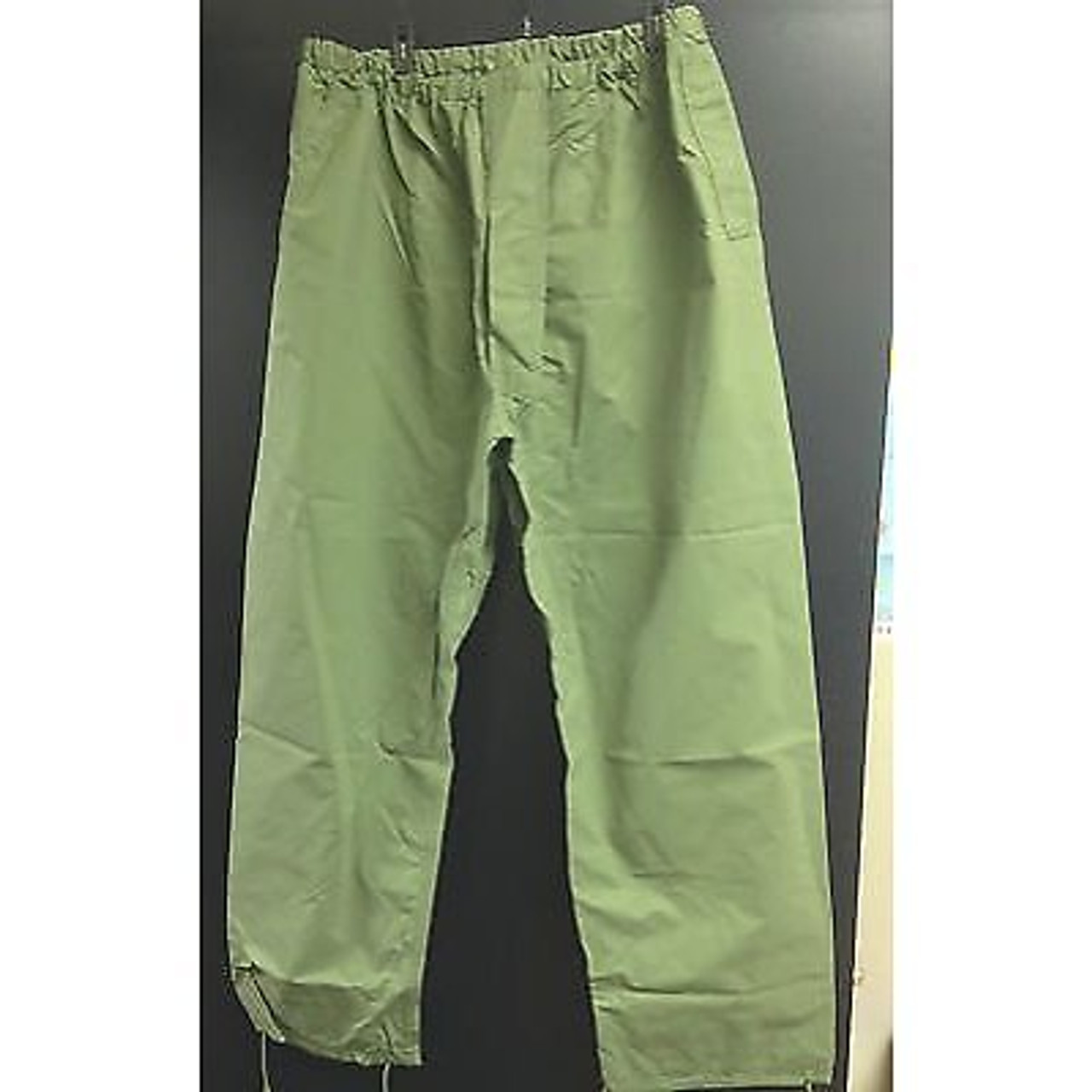 New Unissued Canadian Forces Rain Trousers