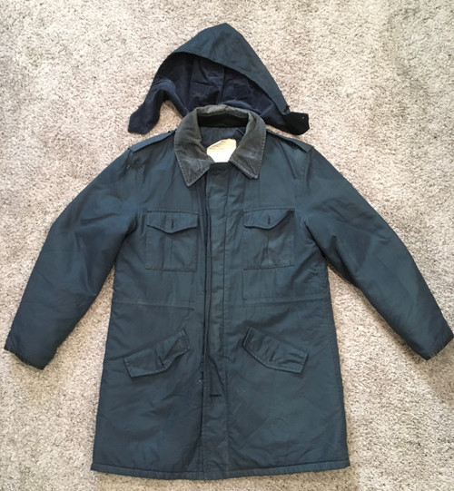 Canadian Military Outdoor Outfits Limited Coat Size 40