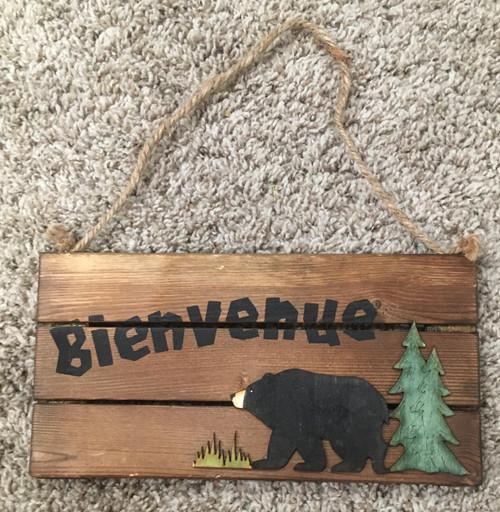 Bievenue Wooden Sign
