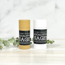 Our proprietary blend of Eucalyptus, Sage and citrus essential oils offers a refreshing fragrance that naturally combats odor, while zero baking soda means zero irritation! Powdered Magnesium and Organic Potato Starch offers the powerful combination to combat moisture and odor.