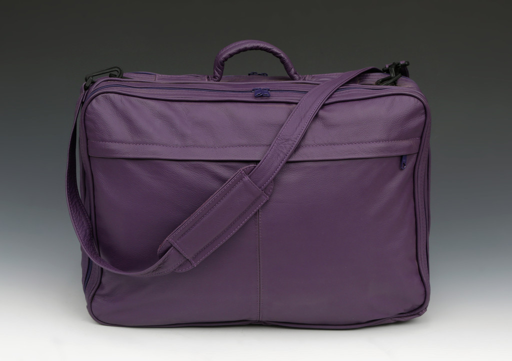 The Deluxe Briefcase