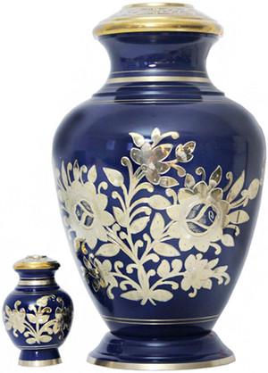 Urn FS 042--A - Brass Urn Velvet Box plus 1 Keepsake