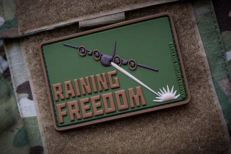 Raining Freedom Morale Patch Subdued