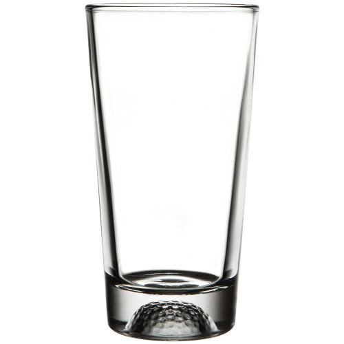 Closeup of golf design on beer glass