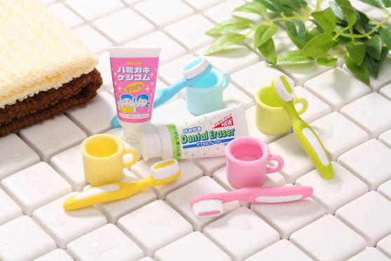3 Dental Sets Assorted Colors