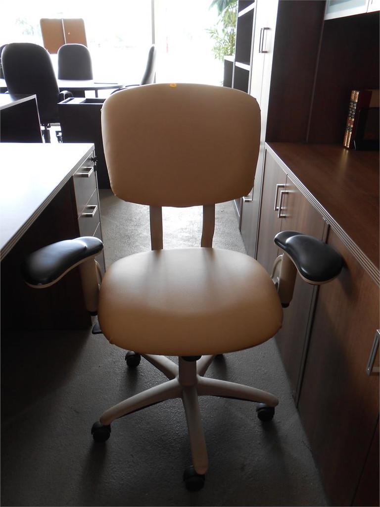 Used Steelcase Task Chair