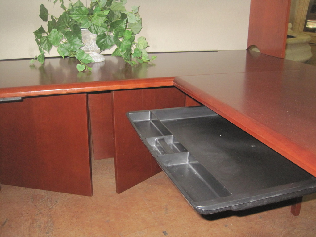"""Steel Case"" Desk Sets U-Shape"