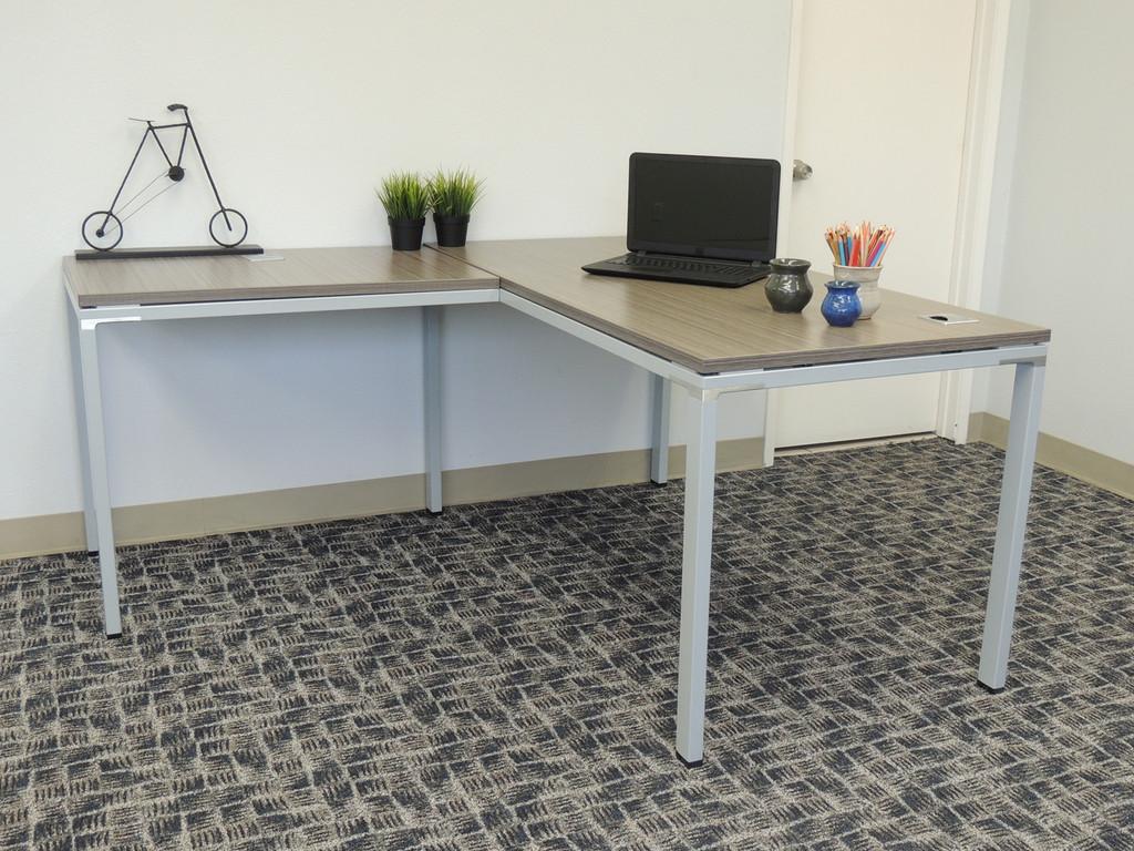 Simple computer l-shape desk