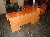 Used Traditional Executive L shape Desk 36'x42'/ Return 24'x48'