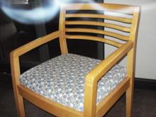 "36"" ROUND MAPLE TABLE"