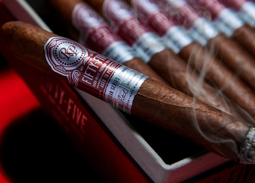 Rocky Patel - Fifty-Five (55) - Toro