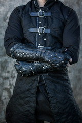 Darkbane Fingerless Gauntlets