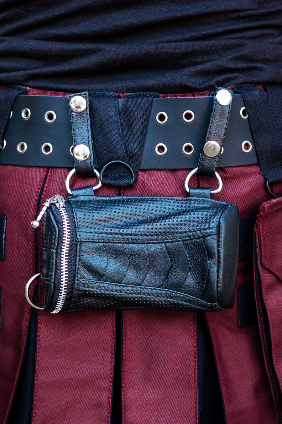 Wallet Pocket with silver details attached to Sellsword Kilt Belt