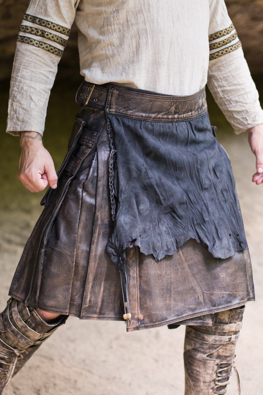 Versatta Series Marauder Leather Kilt in Antique Brown
