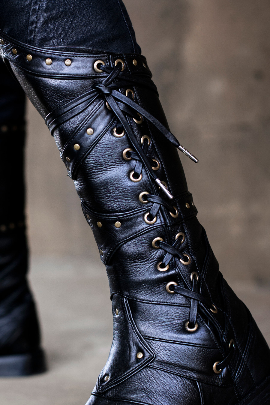 Leather laces on our Elderwood Boots
