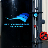 Close up of front of skimmer