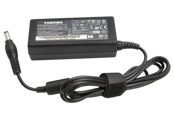 ORIGINAL TOSHIBA POWER ADAPTER / CHARGER  FOR TOSHIBA SATELLITE AND TOSHIBA PRO 19V 3.5A 65W