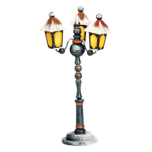 Winter 3-Arm Street Lantern