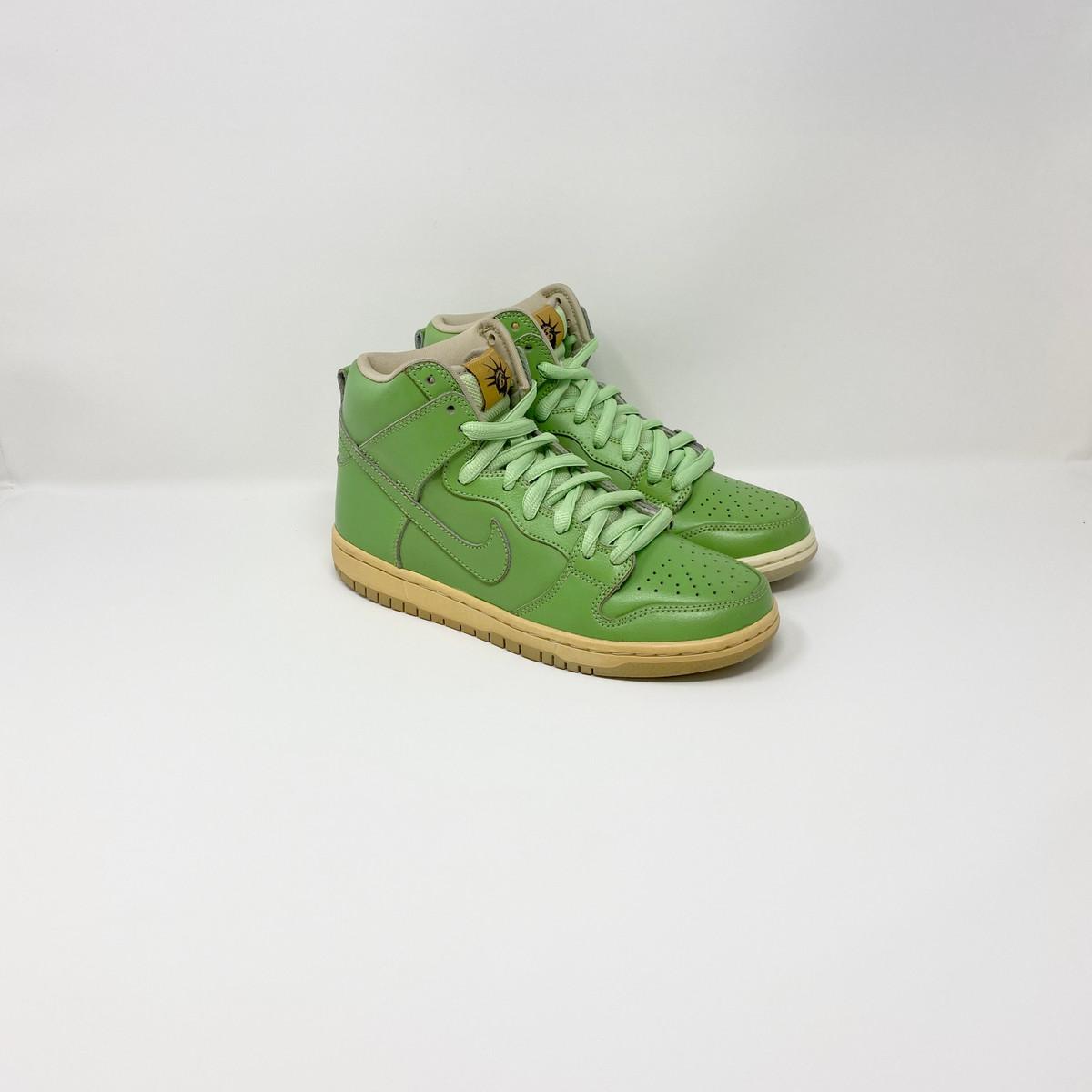 Nike Dunk Hi Prem SB Statue of Liberty