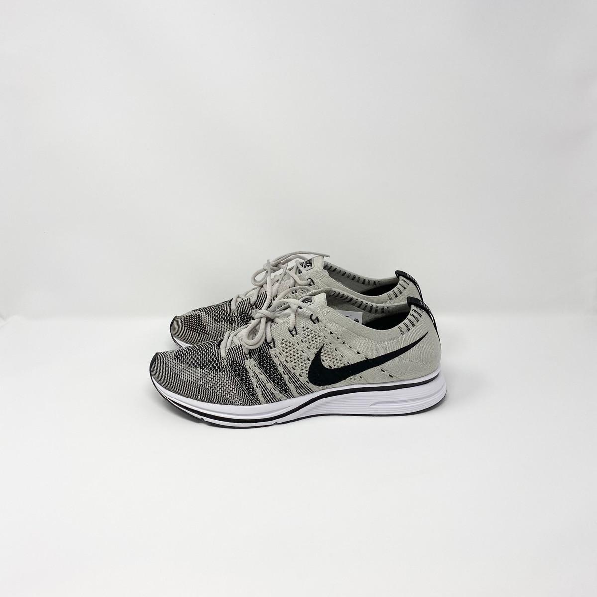 Nike Flyknit Trainer Pale Grey
