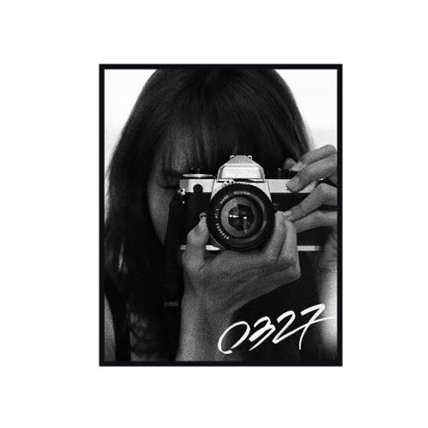 LISA PHOTOBOOK [0327] -LIMITED EDITION