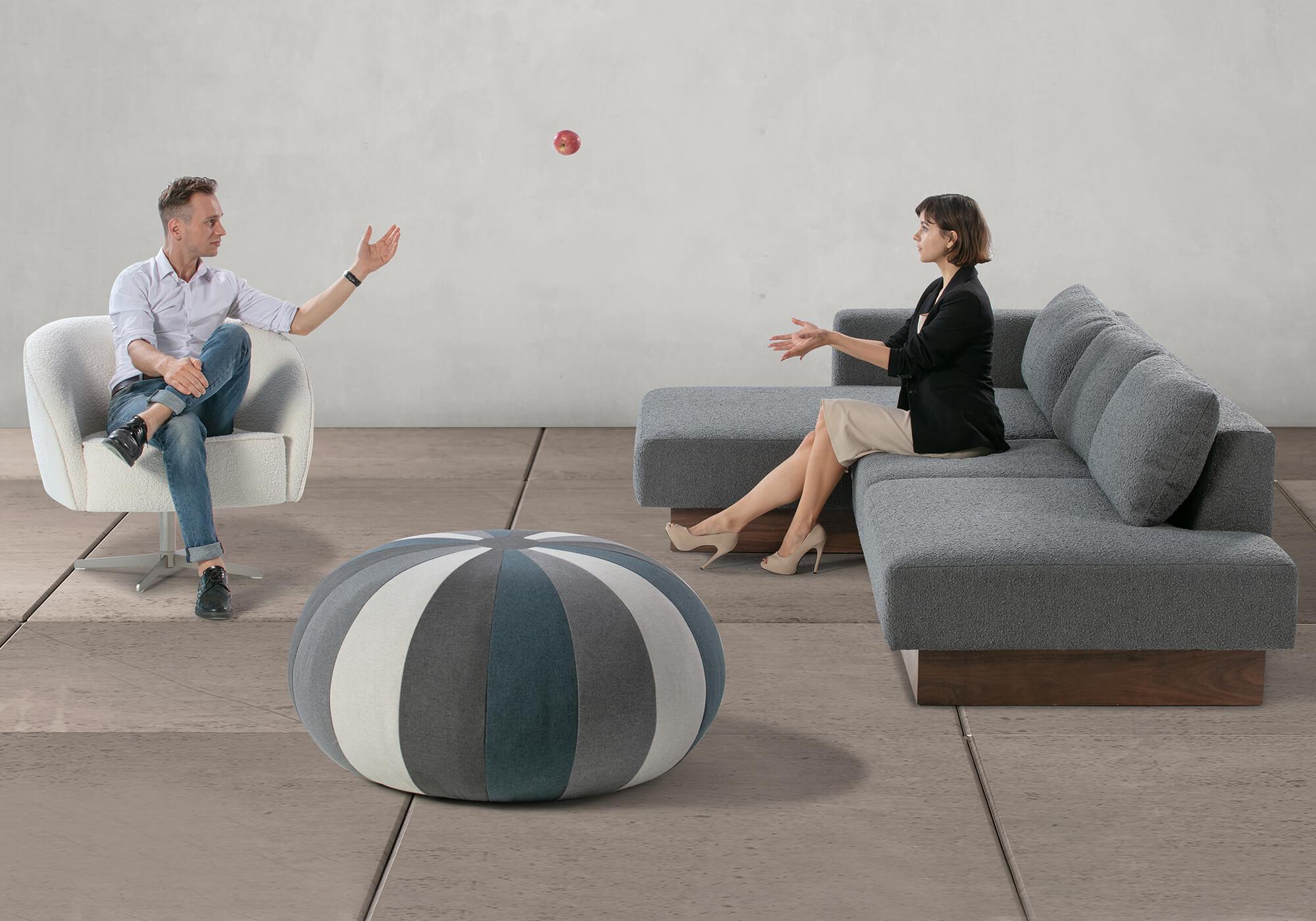 Brady 4 Aria Pincushion Modern Sectional Sofa