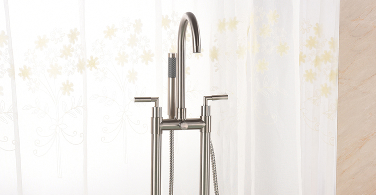 Sutherland Tub Faucet, Brushed Nickel