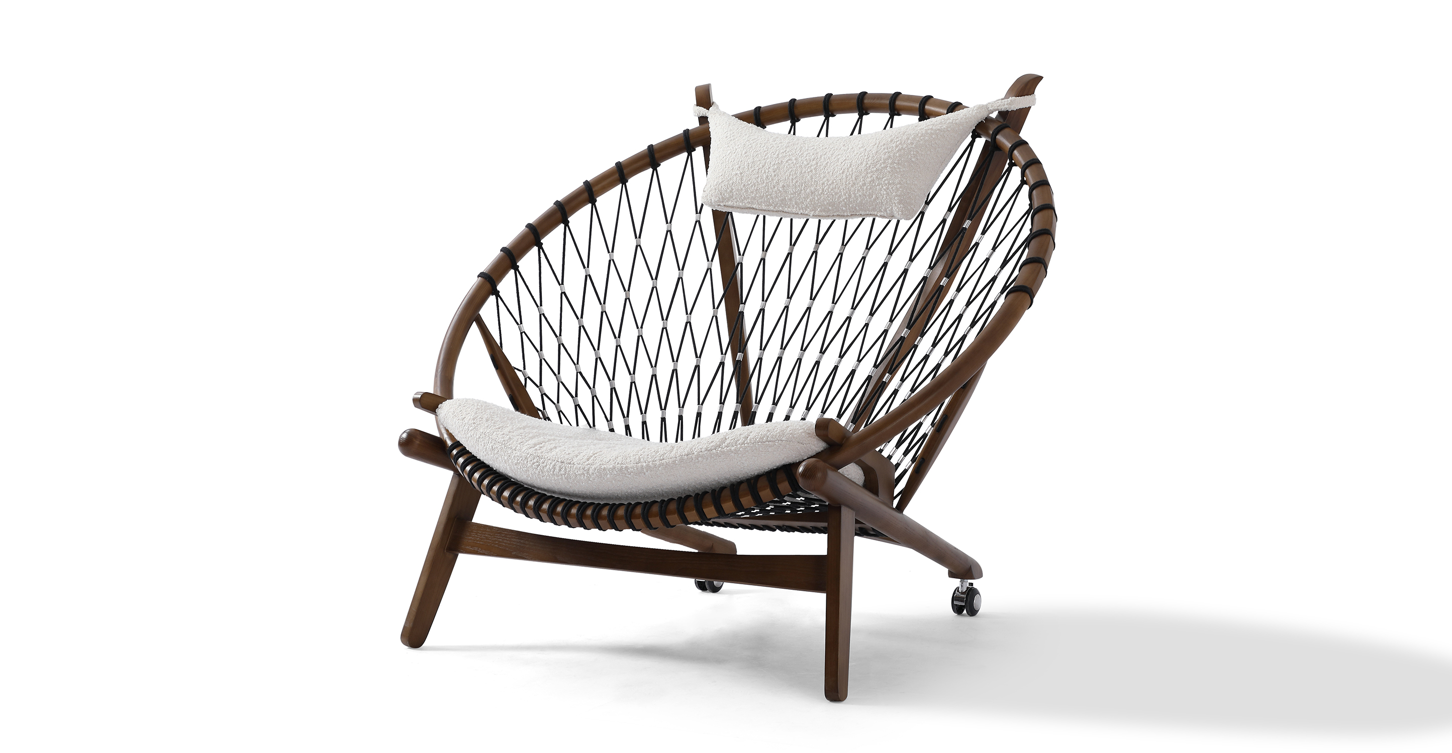 "Circle 45"" Hoop Chair, Walnut/Blanc Boucle"