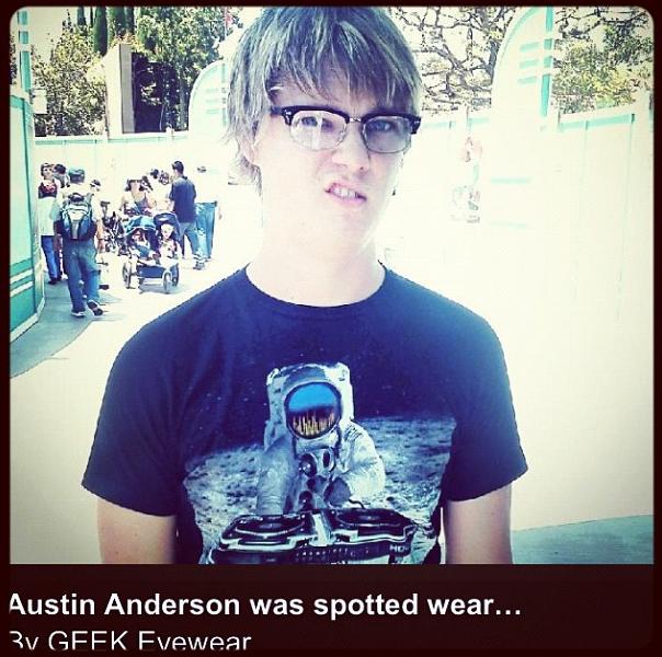 austin-anderson-nickelodeon-show-geek-eyewear.png