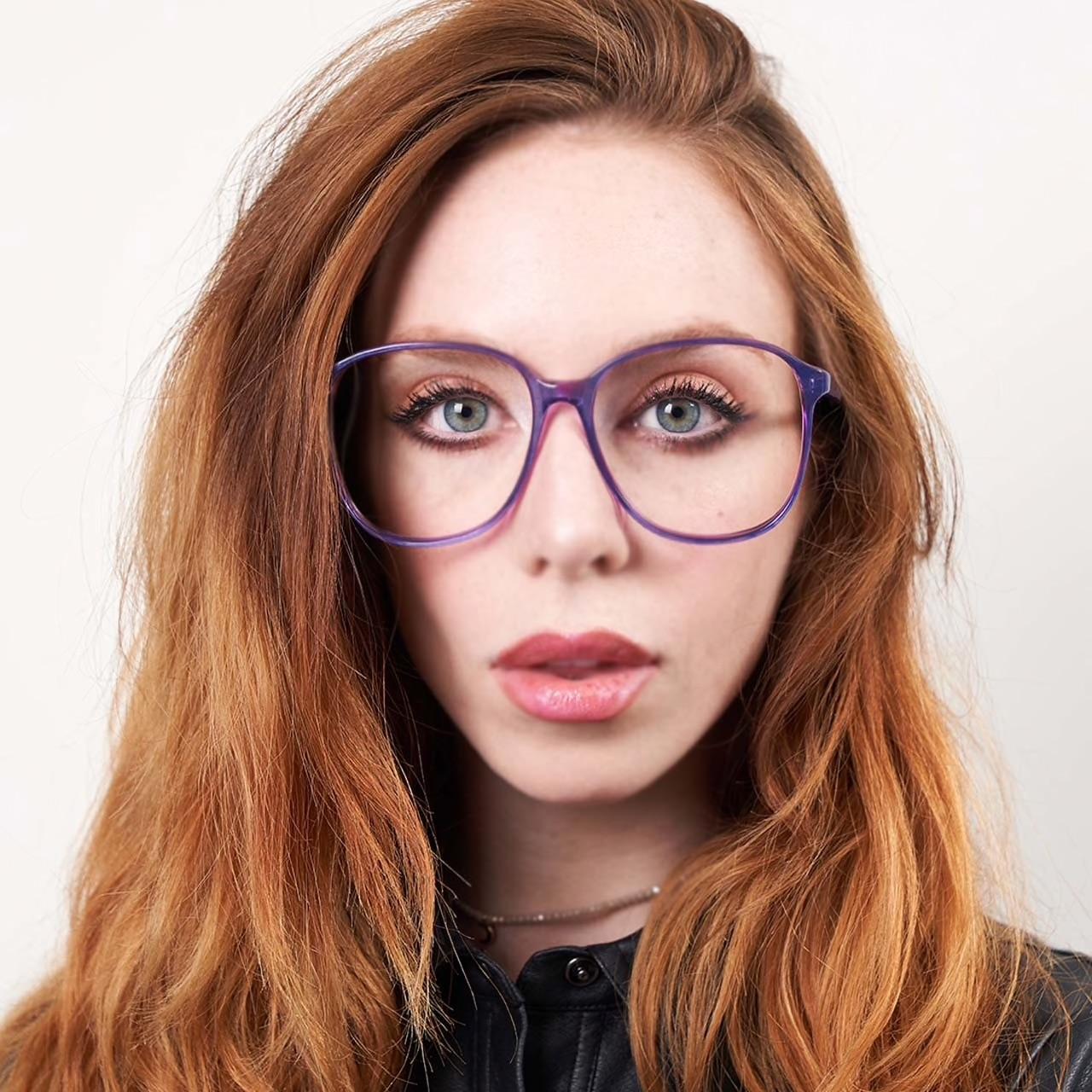 style Demitria round oversized glasses