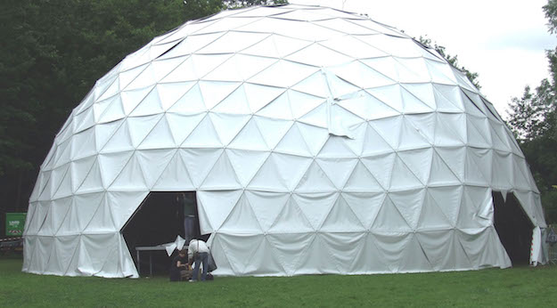 Geodesic dome anchoring system