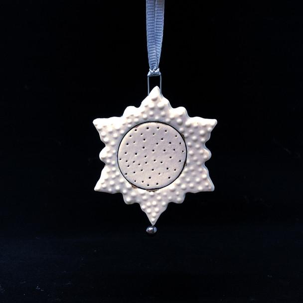 Iva Haas - Ornament 1