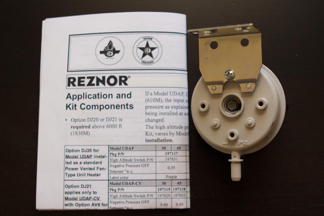 Reznor 201160 High Altitude Pressure Switch For Reznor UDX/UDZ/UBX/UBZ200, 225; UDX/UBX/UBZ250, 300; UDX/UBX350, 400
