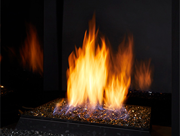 "Monessen LYR18 18"" Contemporary Vent Free Millivolt Burner with Fire Glass Media"