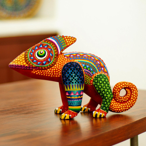 Hand-Painted Alebrije Chameleon 'Ocotlan Chameleon'
