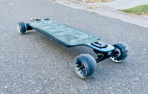 "Puddin' Pop: 38.5"" Twin top-mount deck"