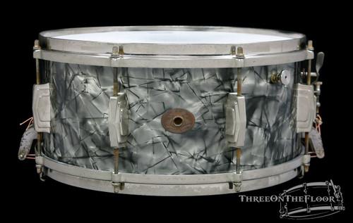 1946 Ludwig & Ludwig Standard Model Snare Drum Black Diamond Pearl :  6.5 x 14 **SOLD**