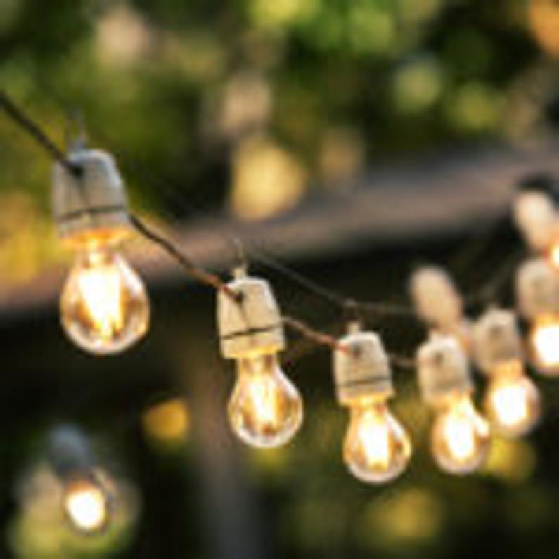 How Good Outdoor Lighting Benefits Your Business