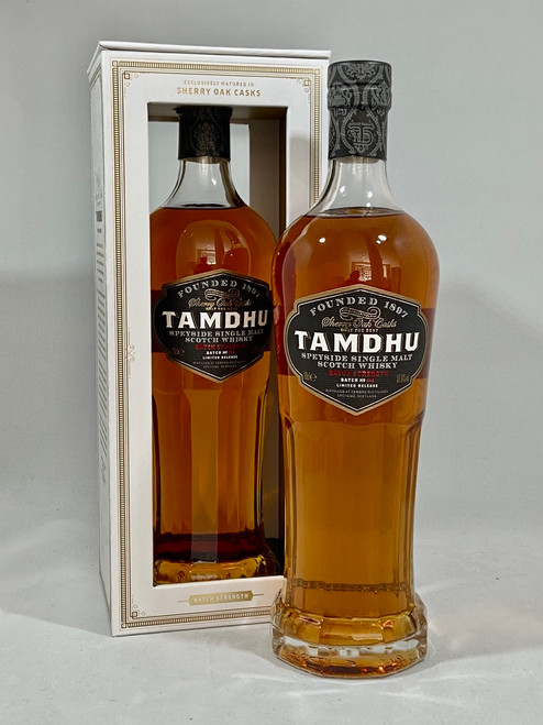 Tamdhu, Batch Strength No.004, Speyside Single Malt Scotch Whisky, 70cl at 57.8% alc./vol, natural colour.  www.maltsandspirits.com/tamdhu-batch-strength-no-004