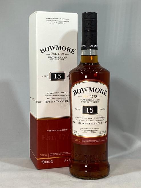 Bowmore Aged 15 Years, Islay Single Malt Scotch Whisky