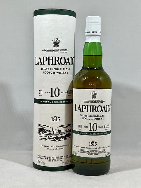 Laphroaig 10 Year Old Cask Strength, Batch #011, 2019,  Islay Single Malt Scotch Whisky, 70cl at 58.6% alc./vol.  www.maltsandspirits.com/laphroaig-10-CS-2019